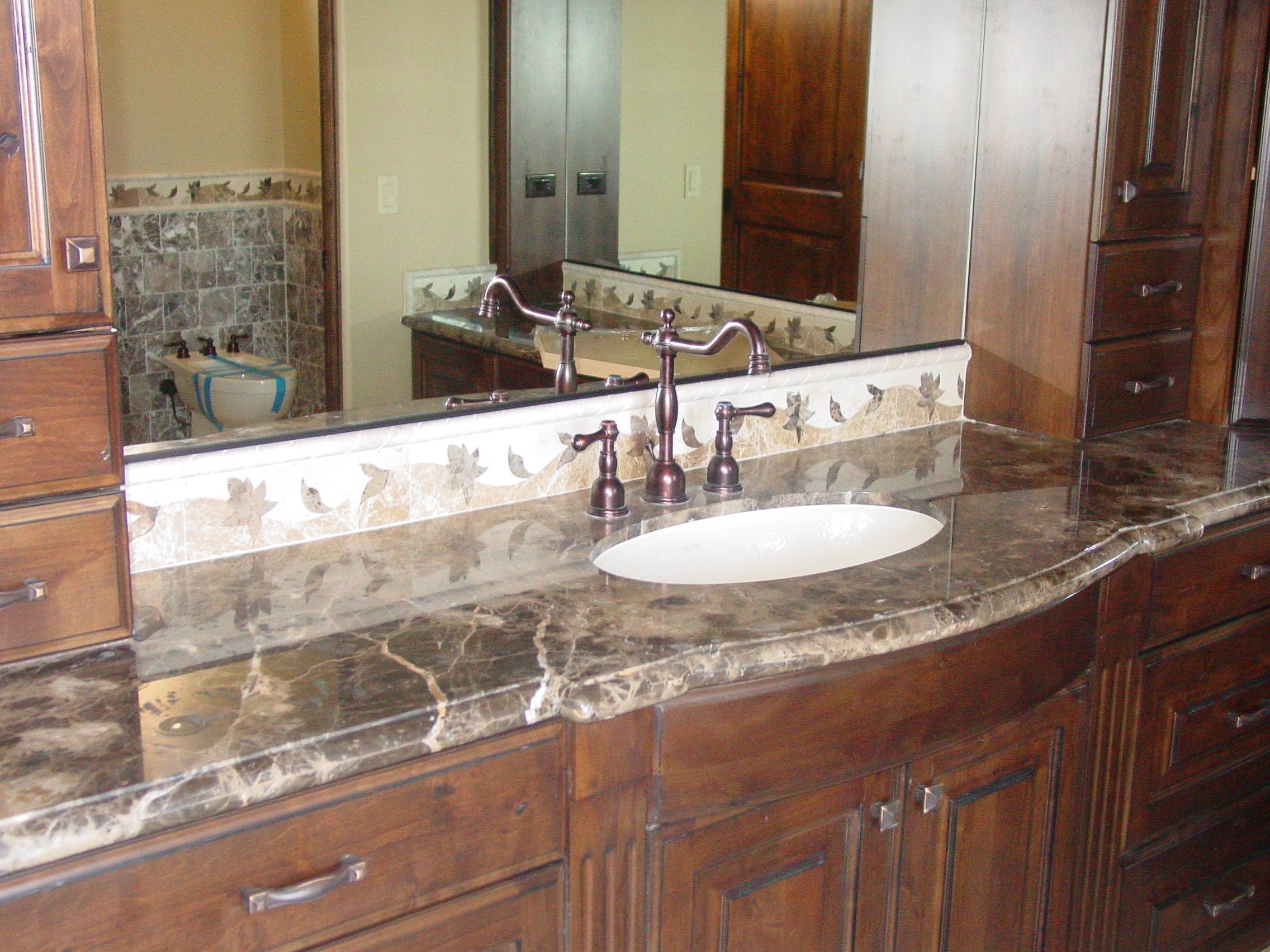 Granite Installation : Classic Kitchen granite installation - A Granite M.D.