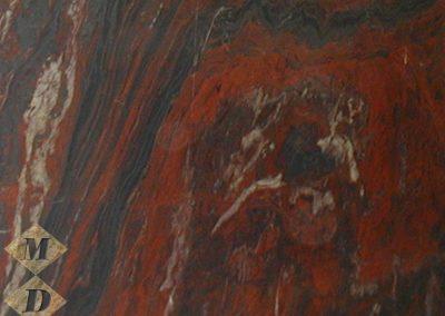 red-iron-b123820